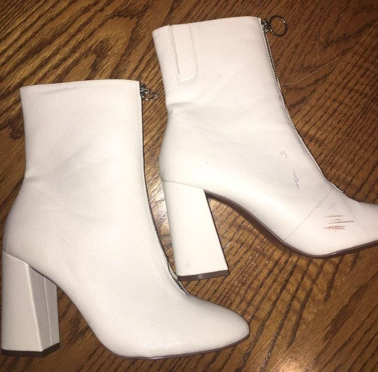 who what wear White Mid-calf Booties
