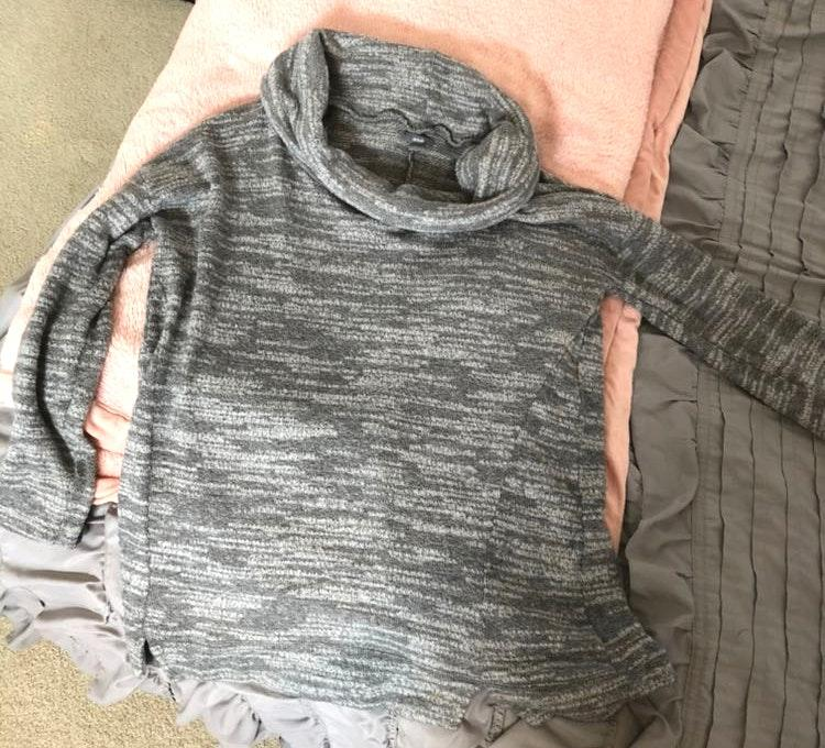 Aerie cowl neck grey heathered sweater
