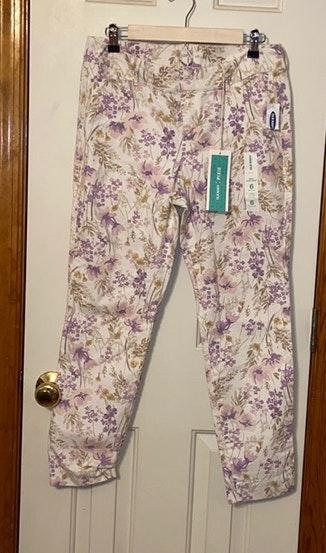 Old Navy Purple Chino Ankle Pixie Pants  Sz 4  NWOT