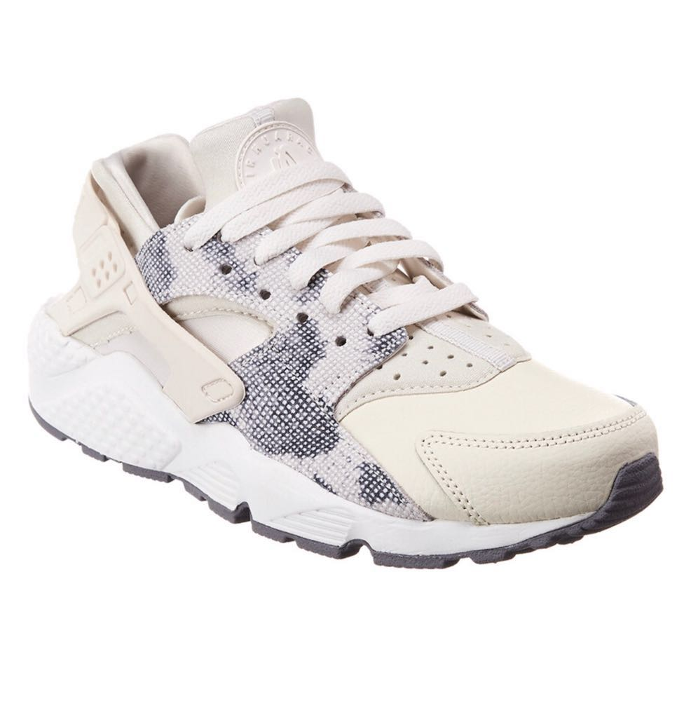 Nike Cream Snake Huaraches