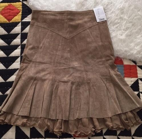 Anthropologie 100 Suede Leather Ruffle Skirt Curtsy