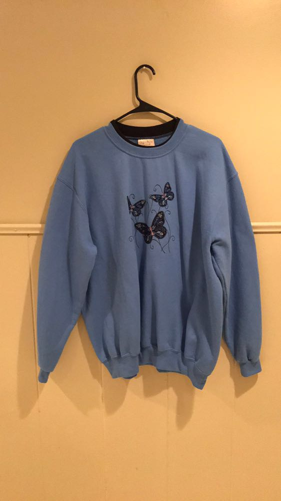 Top stitch Butterfly Sweater