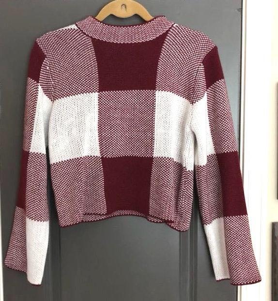 SheIn Crimson/Maroon Mock Neck Cropped Sweater