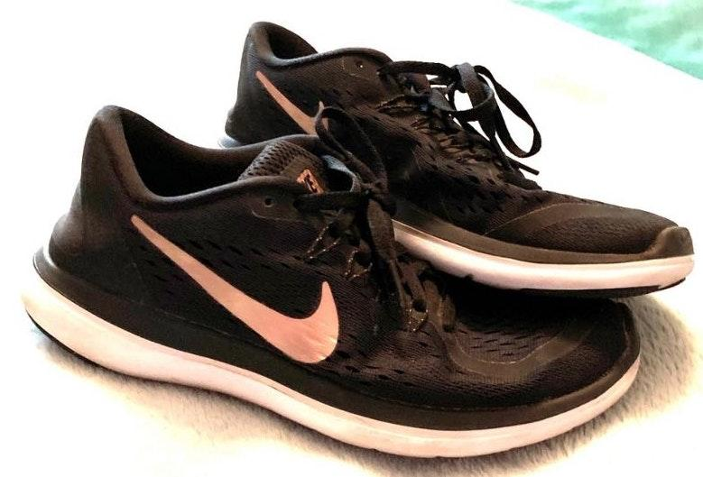 latest discount many fashionable quality Cecelia K. is selling her Nike black runners with rose gold swoosh on  Curtsy: The buy/sell app for CUTE clothes
