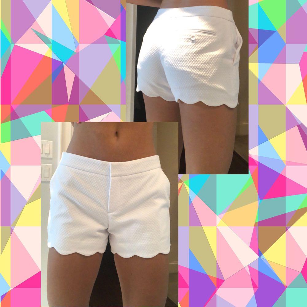 Club Monaco Scalloped White Shorts