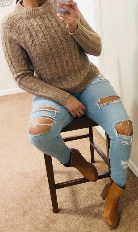 Ambiance Apparel Ambiance light brown cable knit sweater