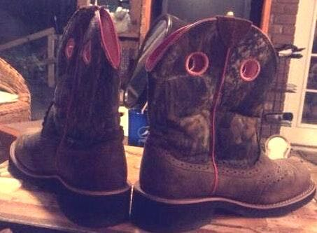 Aritzia Ariat Camo Ankle Boots Women's