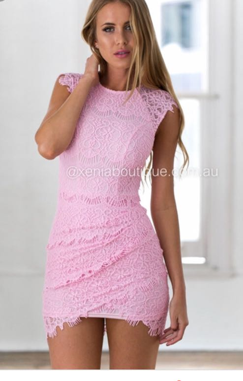 Xenia light pink lace bodycon dress