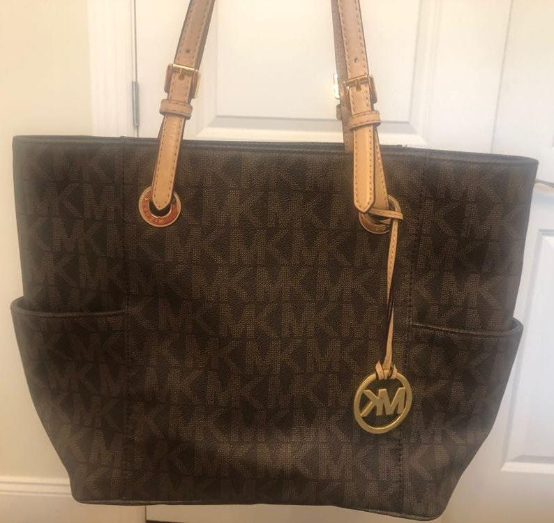 michael kors purse with mk on it