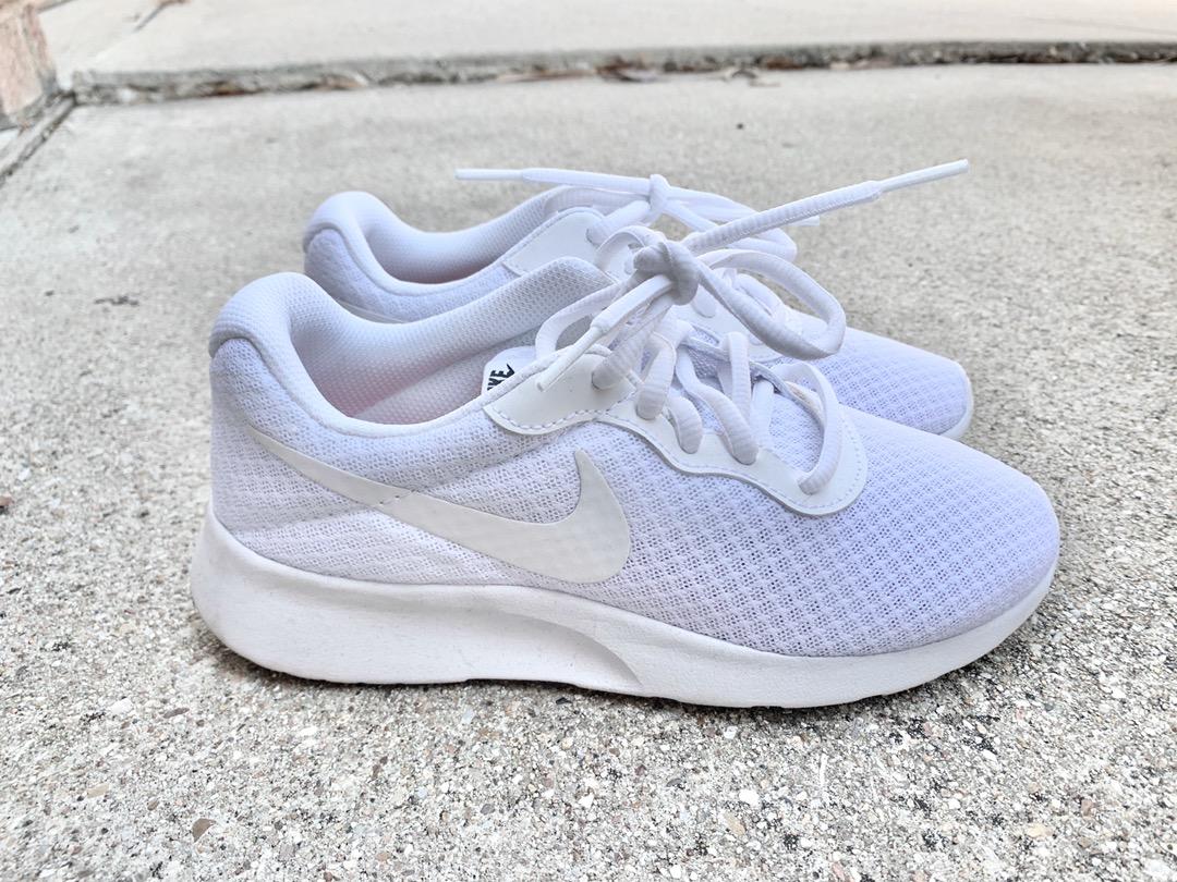 Nike Cute  Tennis Shoes