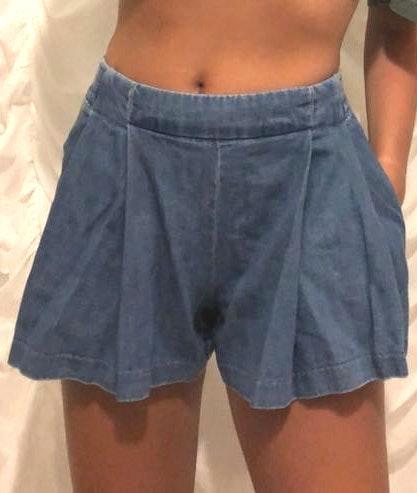 Jessica Simpson Denim Color Flutter Shorts