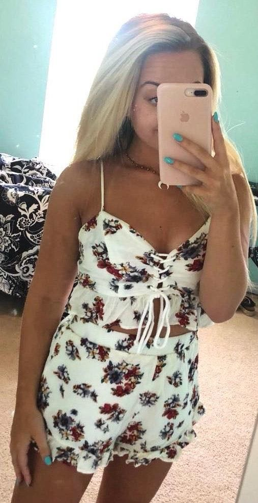American Threads two piece floral set