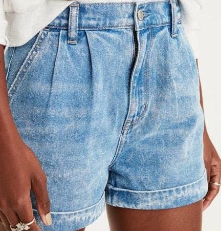 American Eagle Outfitters Mom Jeans Shorts