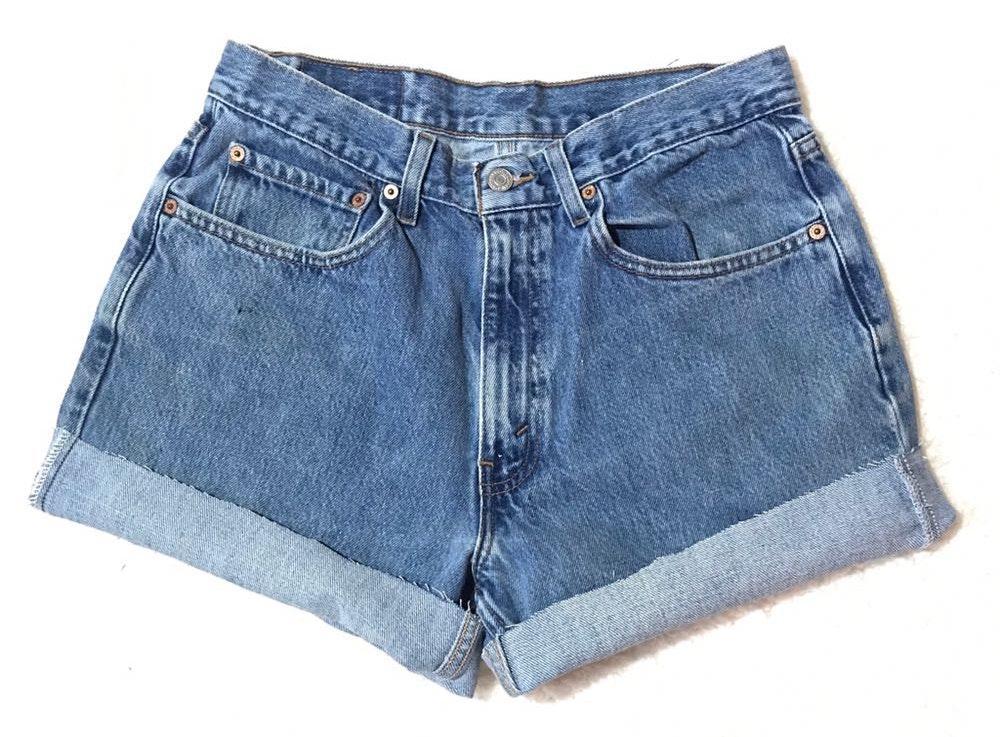 Levi's Women's High Waisted Vintage Levi Denim Jean Shorts 550 W33 Mom Shorts Festival Coachella