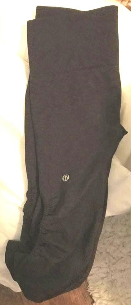 Lululemon 3/4 dark grey leggings SOLD