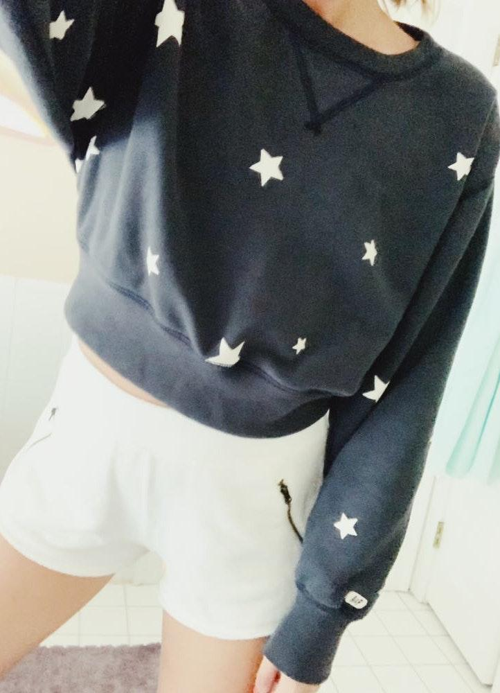 Abercrombie & Fitch Cropped Star Print Crew Neck
