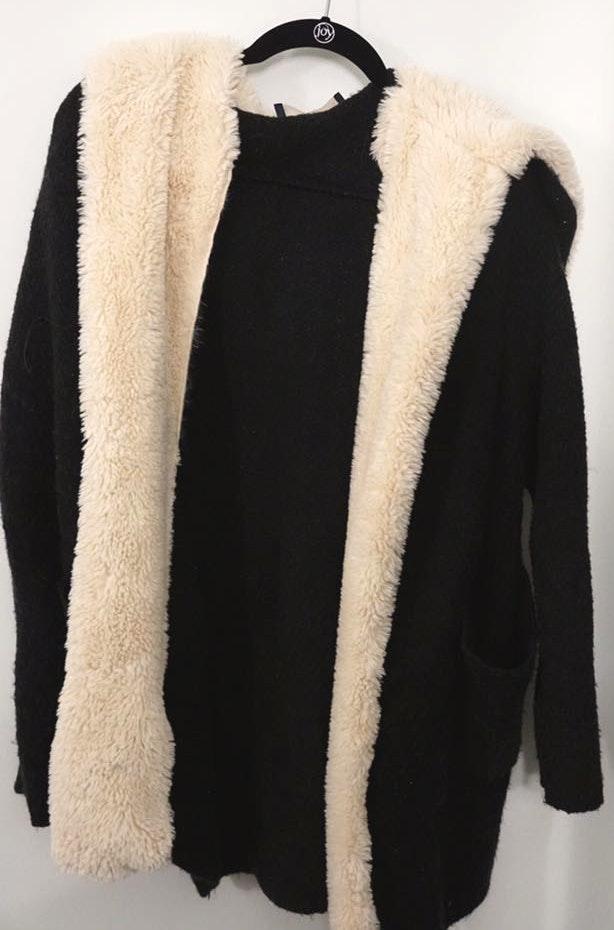 ZARA Softest Comfy Sweater Jacket