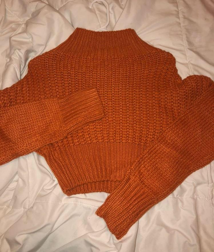 Romwe cropped sweater
