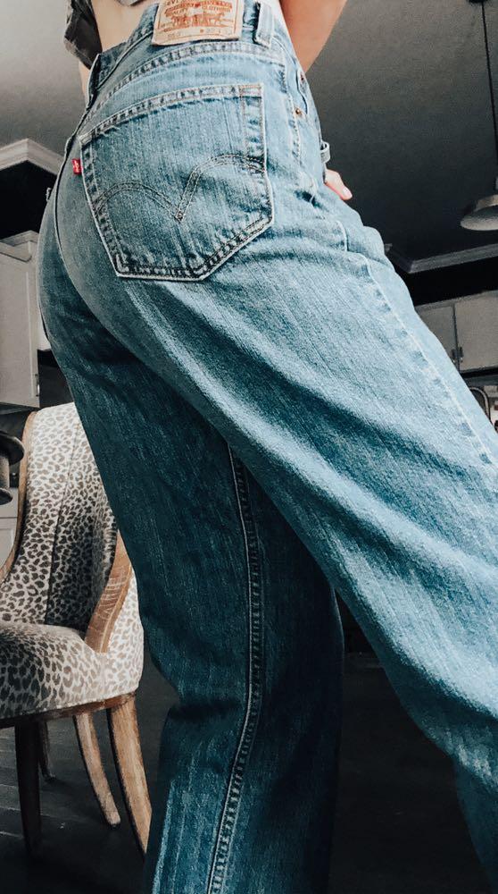 Levi's Vintage Mom Jean