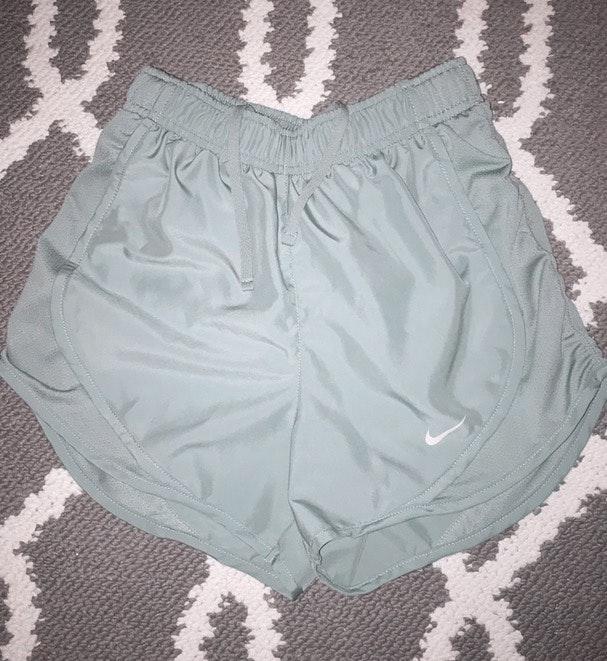 Nike short running shorts