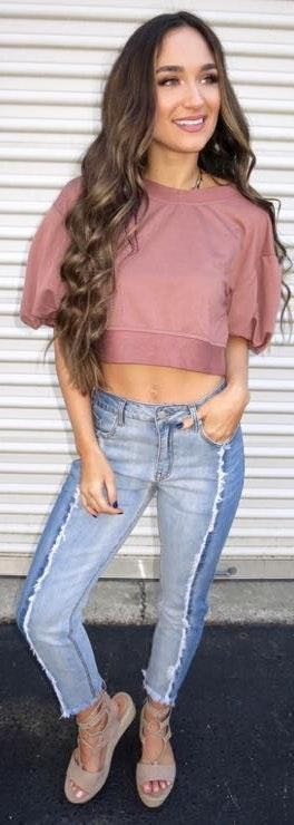 These Three Boutique muave bubble sleeve crop
