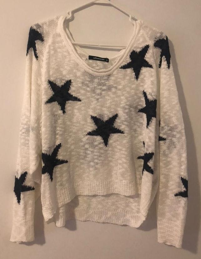 Olivaceous Star Sweater