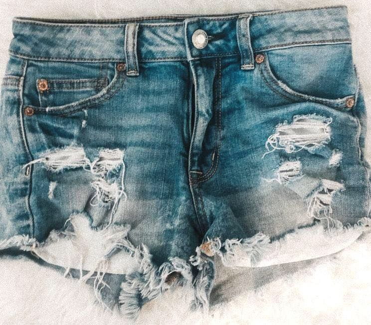 American Eagle Outfitters Light Wash Ripped Shorts