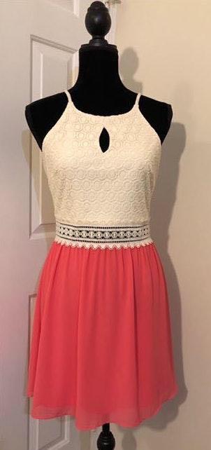 I.N. San Francisco EUC  Elegante Dress.. Junior Size 9