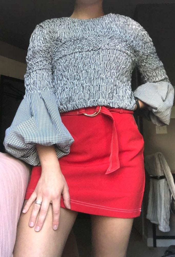 DO+BE Puffy Sleeve Crop Top