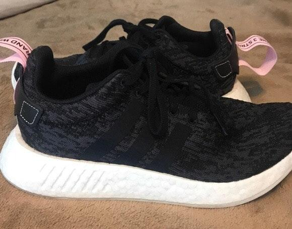 Adidas Nmd Black And Pink Curtsy
