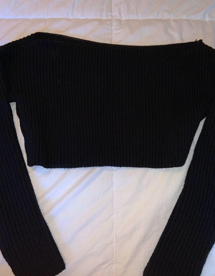 Boohoo Black Crop Sweater