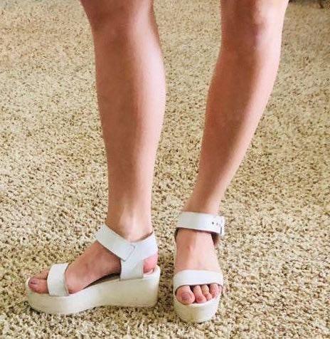 Steve Madden White Chunky Platform Sandals