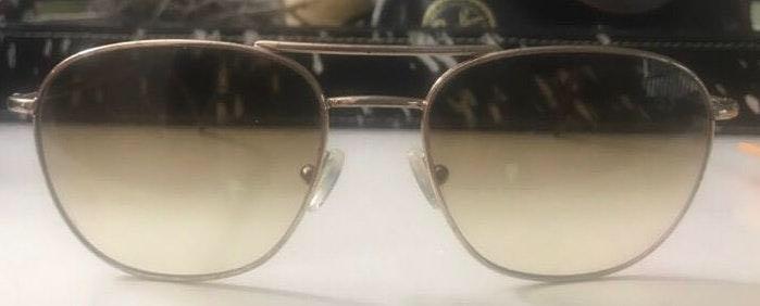 Sunglasses With Gucci Case