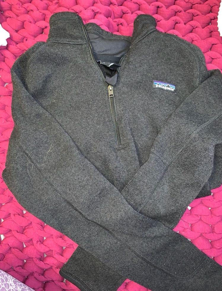 Patagonia half zip jacket