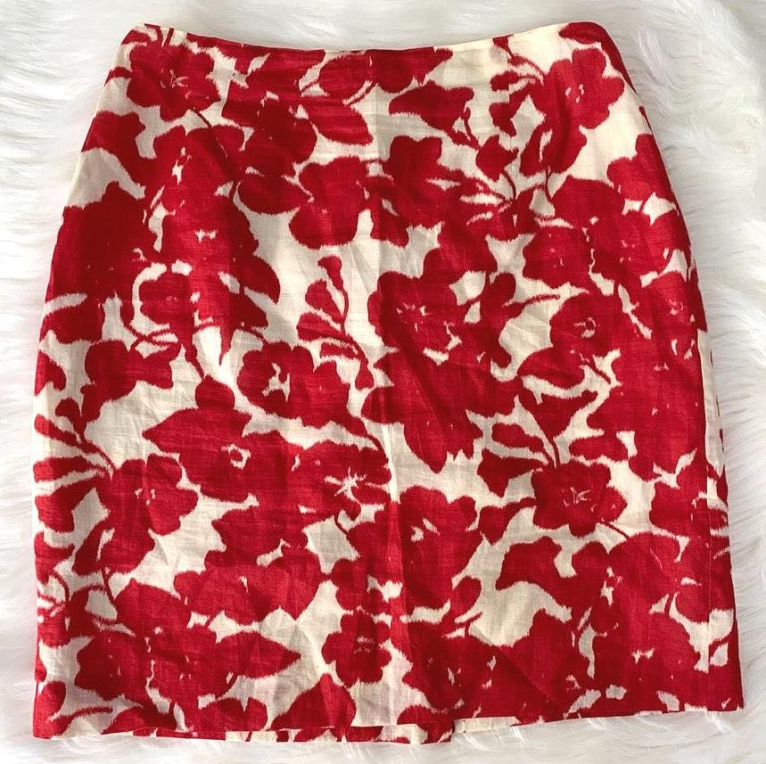Ann Taylor Red pencil skirt floral flower cream by