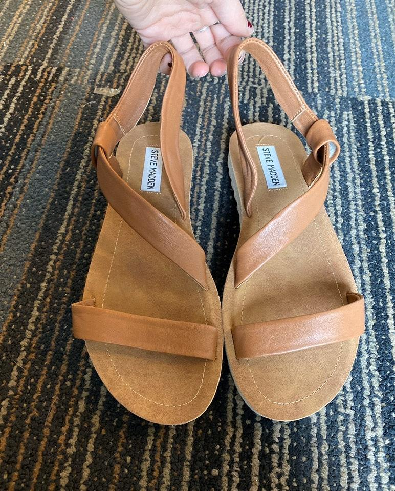 Steve Madden nude strappy sandals