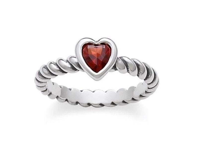 James Avery Ring Curtsy