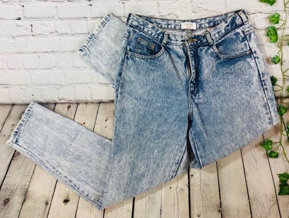 Calvin Klein Vintage  High Rise Acid Wash Tapered Mom Jeans