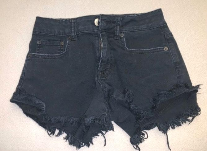 American Eagle Outfitters High Rise Festival Black Shorts