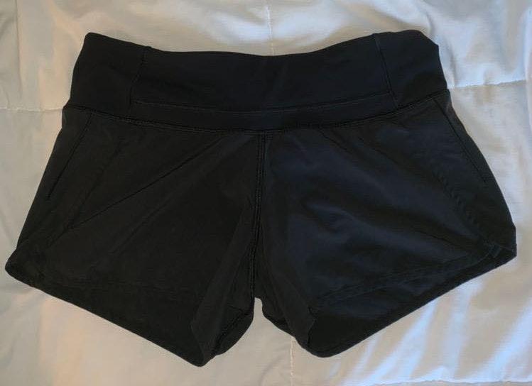 Lululemon Lulu Lemon Black Size 4 Shorts