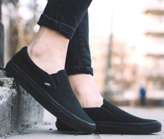 Vans All Black Slip-On