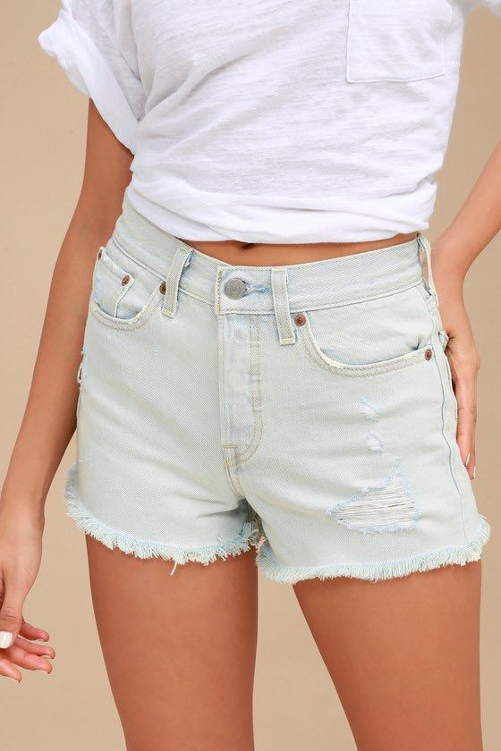 Levi's Light Wash Wedgie Fit Shorts